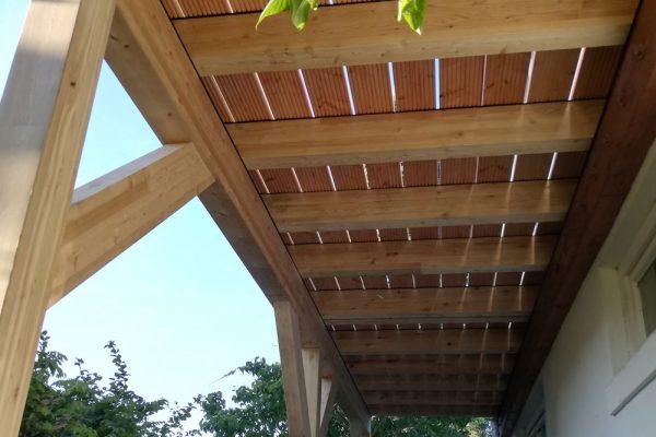 Balkon aus BSH Lärche Dielen