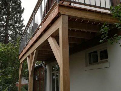 Balkon aus BSH-Lärche und Lärche Dielen