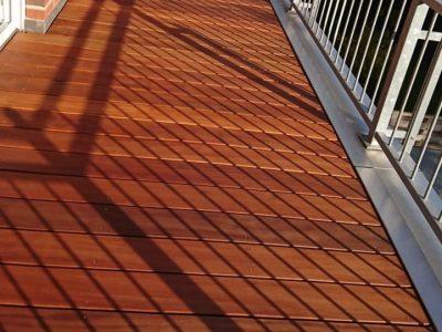 Balkonbelag aus Bangkirai Dielen glatt